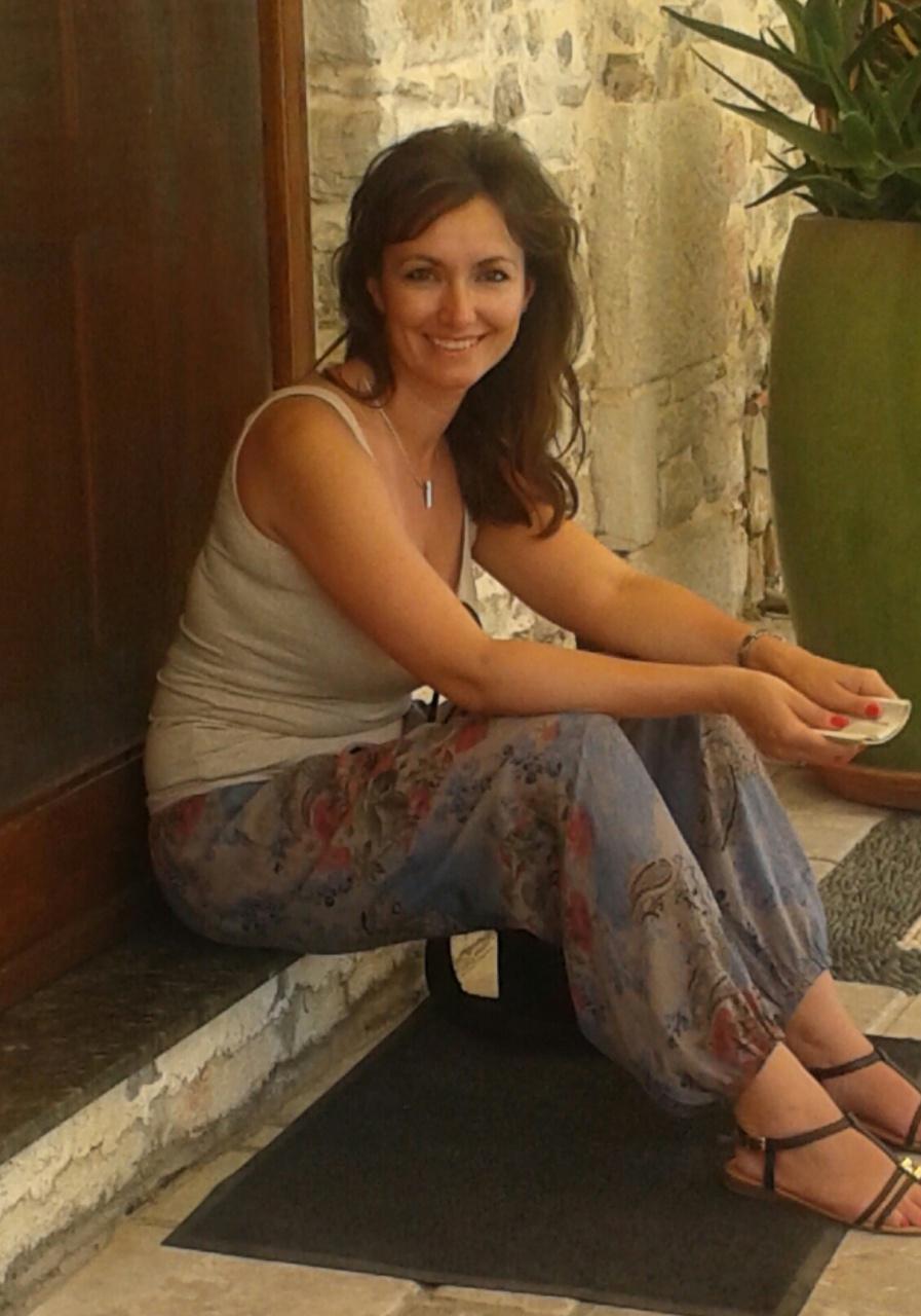 nők társkereső nők mit kell mondani, ha kapcsolatba lép valakivel online társkereső