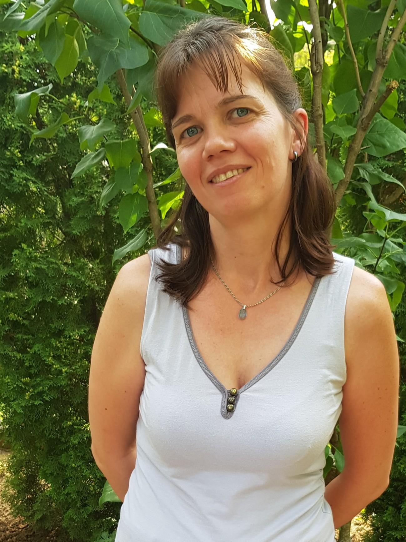 társkereső egyedülálló nő 86)