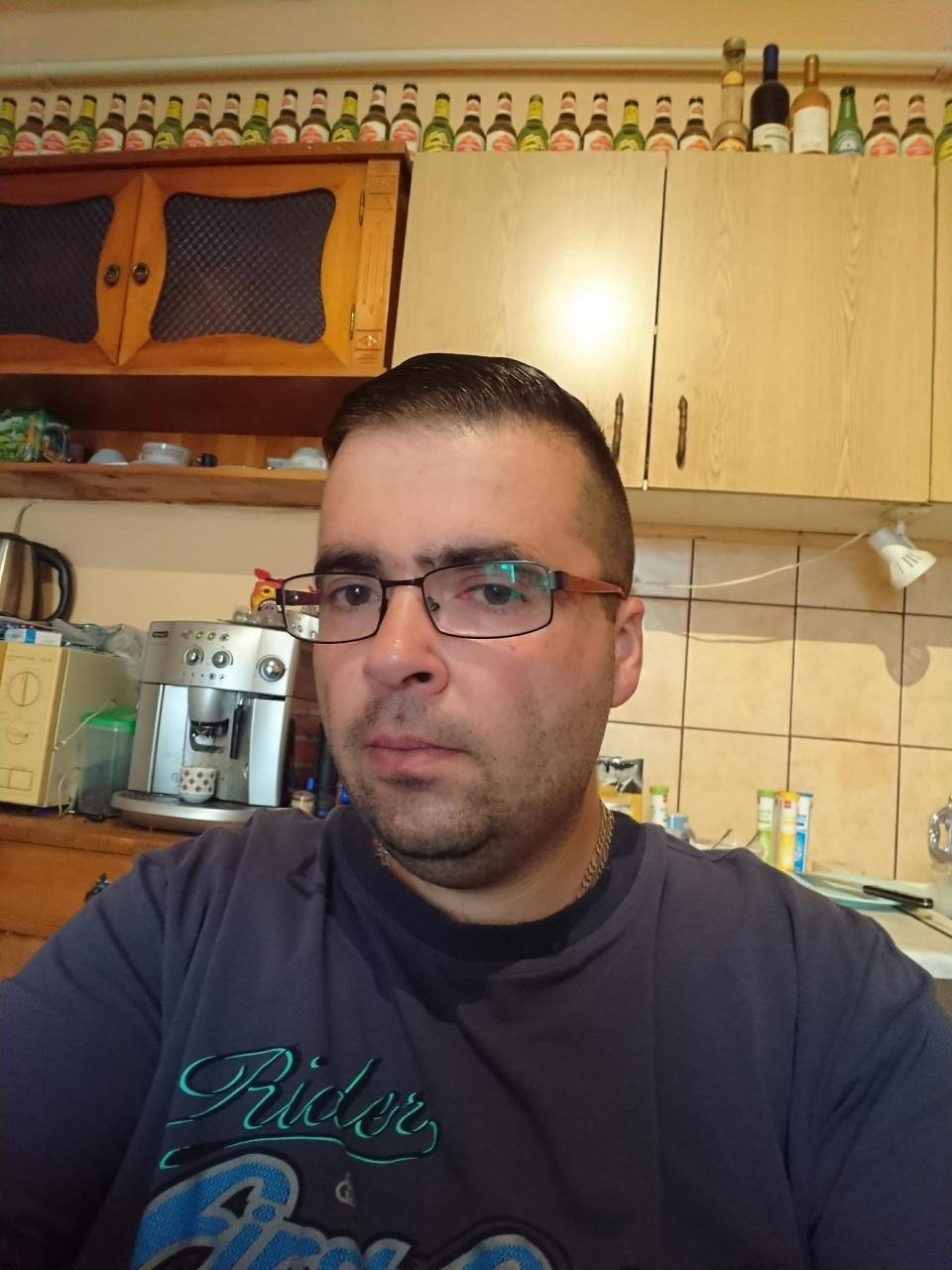 Randi valaki szemüveg
