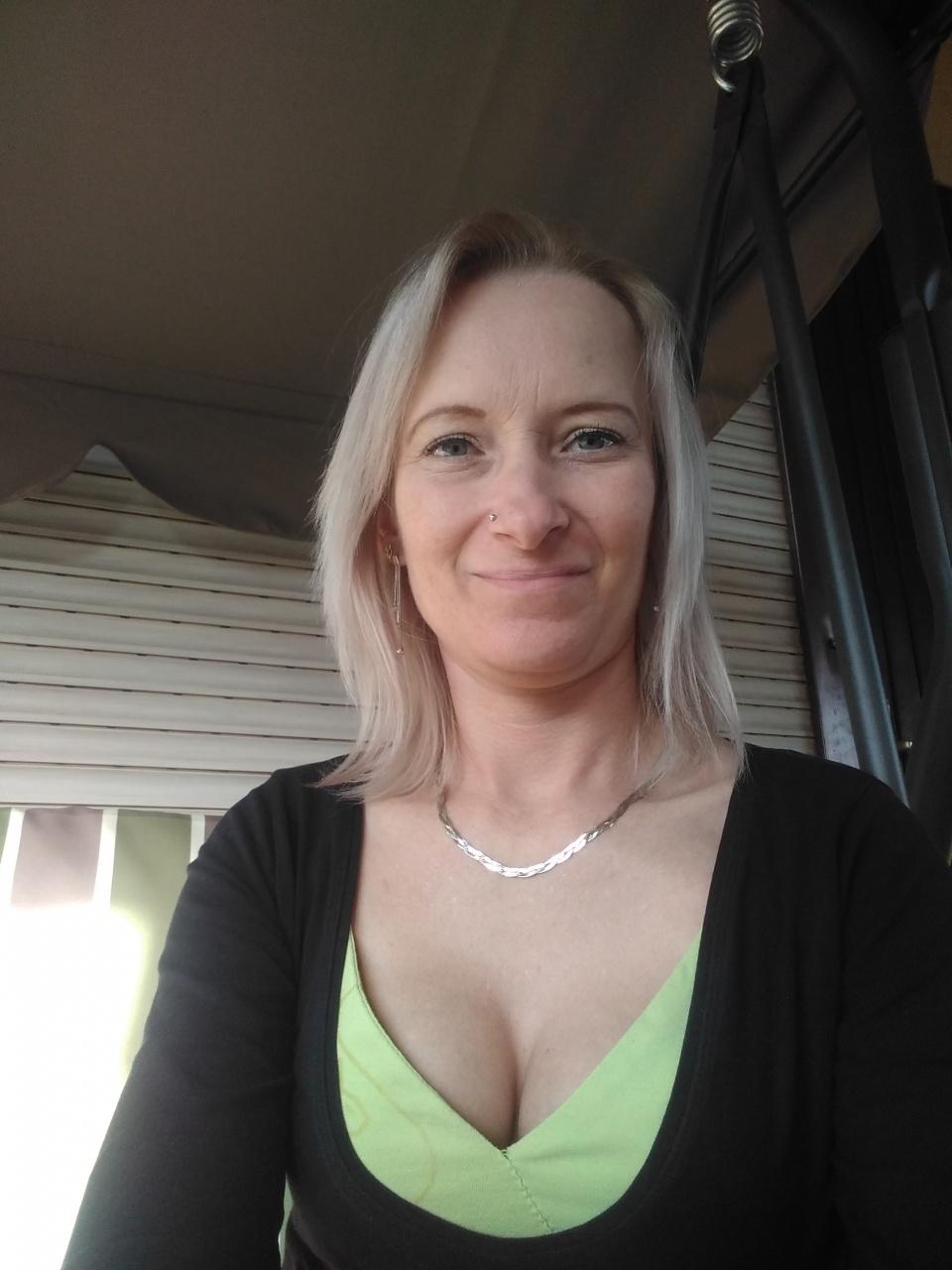 érett angyal társkereső, 37 éves nő, Budapest - plastenka.hu társkereső