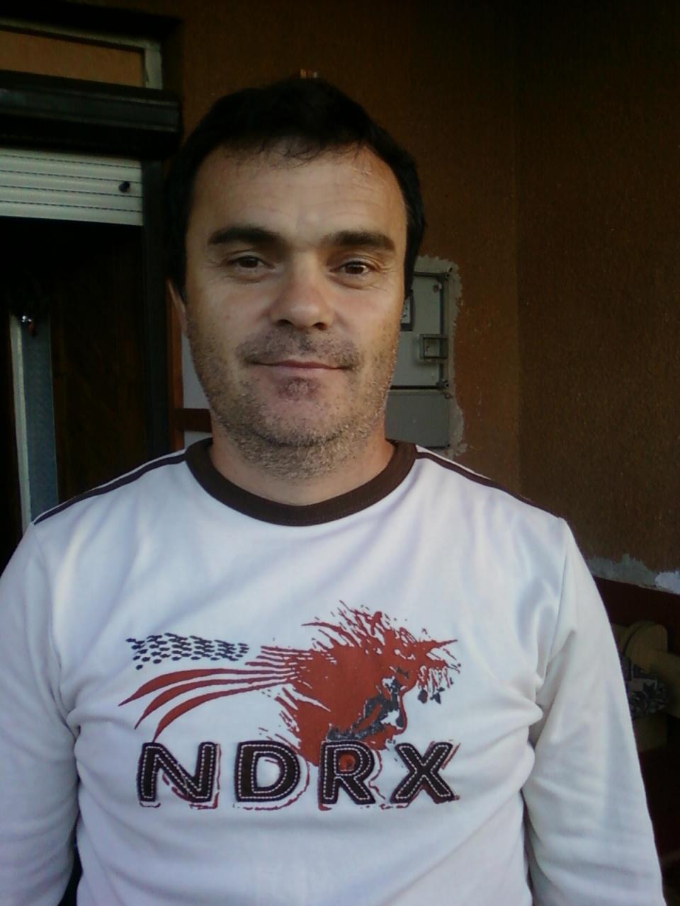 társkereső ügynökség cyrano capitulo 2 sub español