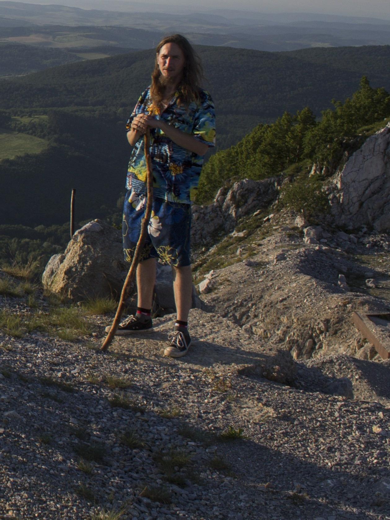 Felvette hajmeresztő zuhanását a hegymászó
